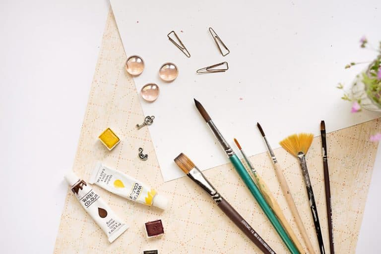 13 Ways to Paint Without A Brush in Your Art Journal