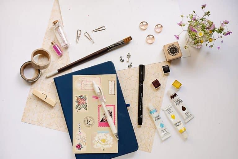 8 Essential Art Journal Supplies for Beginners